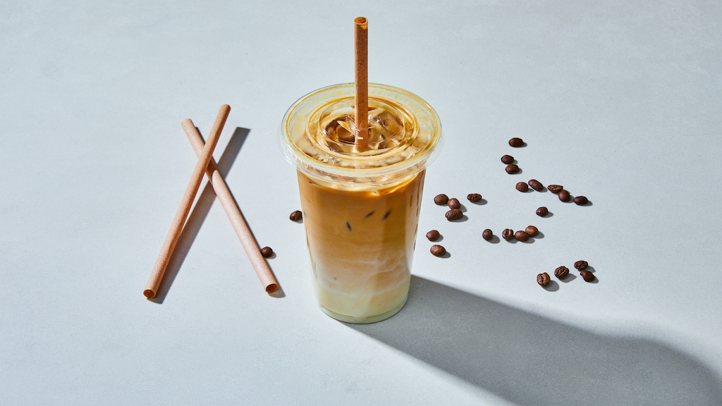 Oliver Green | Iced Lattes | Iced Latte © Kubilay Altintas