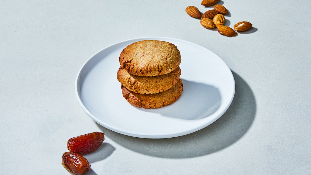 Oliver Green | Sweets | Almond Date Cookie © Kubilay Altintas